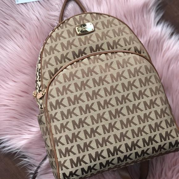 fd3b18a0489c ✨SALE✨Large MK abbey backpack